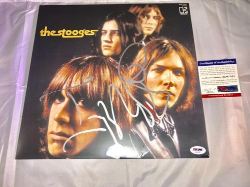 Iggy Pop Hand Signed The Stooges Album Vinyl  PSA/DNA