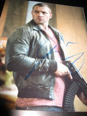 JAI COURTNEY SIGNED AUTOGRAPH 8x10 PHOTO INSURGENT PROMO IN PERSON COA AUTO NY F