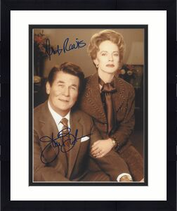 "JAMES BROLIN as RONALD REAGAN and JUDY DAVIS as NANCY REAGAN in 2003 Film ""THE REAGANS"" Signed 8x10 Color Photo"