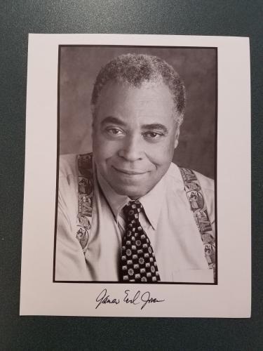Autographed Earl Jones Photo - James 60