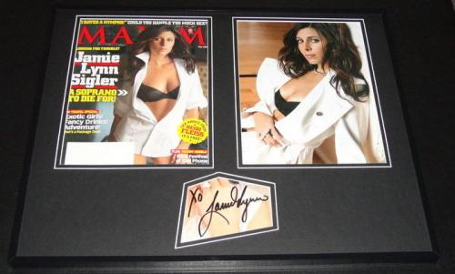 Jamie Lynn Sigler Signed Framed 16x20 Maxim Cover & Photo Set Sopranos