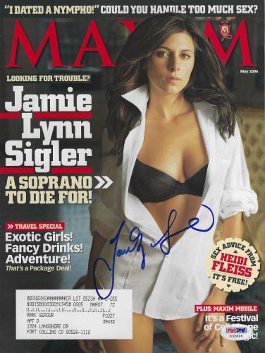 Jamie-Lynn Sigler Signed May 2006 Maxim Magazine PSA/DNA The Sopranos Autograph