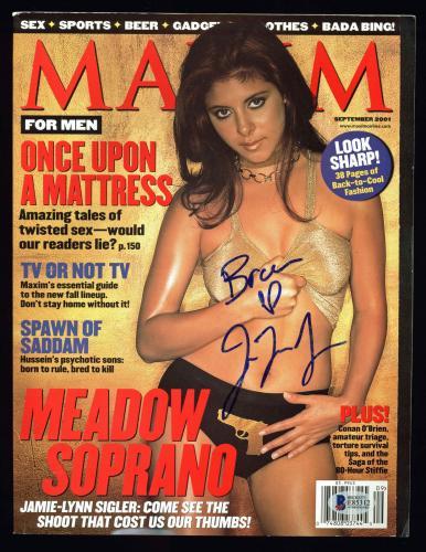 Jamie-Lynn Sigler The Sopranos Signed 2001 Maxim Magazine BAS #E85312