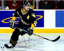 "Jaromir Jagr Pittsburgh Penguins Autographed Skating 16"" x 20"" Photograph"