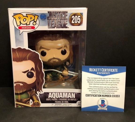 Jason Momoa Signed Justice League 'Aquaman' Funko POP Figure BAS Beckett E91353