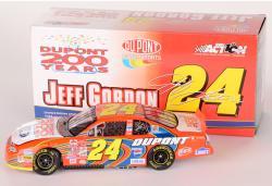 Jeff Gordon #24 Orange Dupont 200 Years NASCAR 1:24 Diecast Car