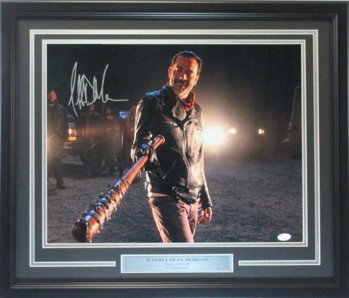 Jeffrey Dean Morgan Autographed 16x20 Walking Dead Photo Framed JSA cert