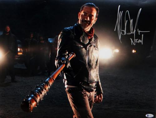 Jeffrey Dean Morgan Signed Negan Walking Dead 16x20 w/ Lucille Photo- Beckett Au
