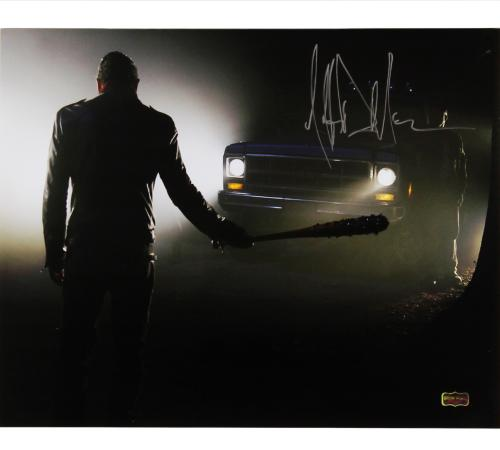 "Jeffrey Dean Morgan Signed The Walking Dead 16x20 Photo Silhouette with ""Negan"" Inscription"
