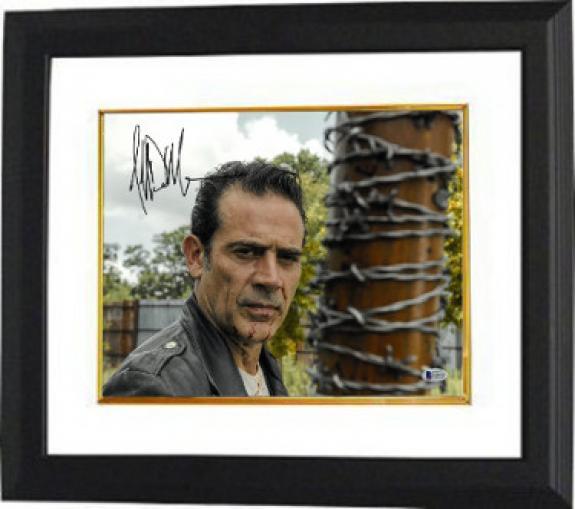 Jeffrey Dean Morgan signed The Walking Dead Negan 11x14 Photo Custom Framing (horizontal w/ Lucille Bat)- Beckett Holo #C65465