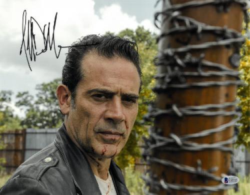 Jeffrey Dean Morgan signed The Walking Dead Negan 11x14 Photo (horizontal w/ Lucille Bat)- Beckett Holo #C65465
