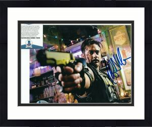 JEFFREY DEAN MORGAN signed (THE WATCHMEN) Comedian 8X10 photo BECKETT BAS T56518