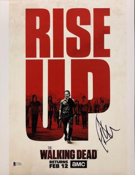 Jeffrey Dean Morgan Signed 'Walking Dead 11x14 Photo *Negan BAS Beckett C16887