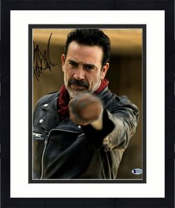 "JEFFREY DEAN MORGAN Signed Walking Dead ""NEGAN"" 11x14 Photo BECKETT BAS #D37381"