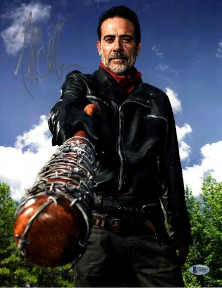 "JEFFREY DEAN MORGAN Signed Walking Dead ""NEGAN"" 11x14 Photo BECKETT BAS #G02997"