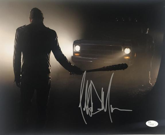 Jeffrey Dean Morgan Walking Dead Signed 11x14 Photo JSA 131361