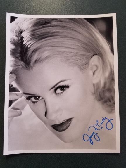 Jenny McCarthy-signed photo - Pose 19 - COA