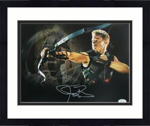 Jeremy Renner Arrow Signed/Autographed 11x14 Photo JSA 143028