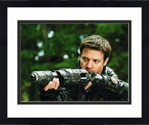 Jeremy Renner Signed - Autographed Hansel & Gretel: Witch Hunters 11x14 inch Photo - Guaranteed to pass BAS