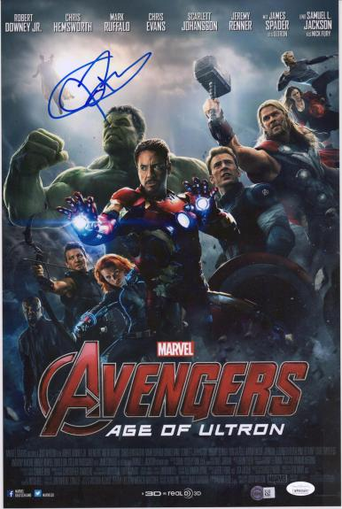 """Jeremy Renner Hawkeye Autographed 12"""" x 18"""" Marvel Age of Untron Photograph - JSA"""