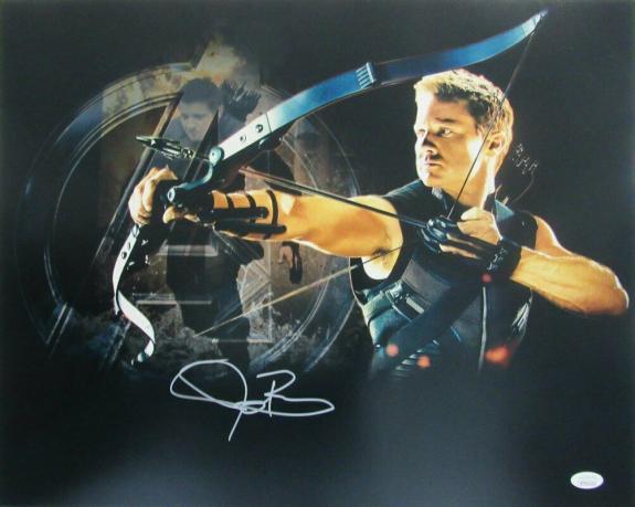 Jeremy Renner Hawkeye Avengers  Signed/Autographed 16x20 Photo JSA 143032