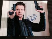 """JEREMY RENNER SIGNED AUTOGRAPH """"BOURNE LEGACY"""" CLASSIC TWO GUNS 11x14 PHOTO COA"""