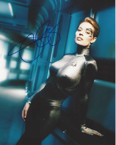 "JERI RYAN as SEVEN of NINE on TV Series ""STAR TREK: VOYAGER"" Signed 8x10 Color Photo"