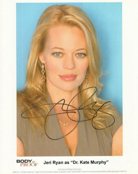 JERI RYAN HAND SIGNED 8x10 COLOR PHOTO+COA      GORGEOUS ACTRESS   BODY OF PROOF