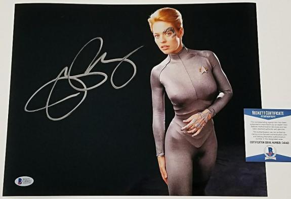 JERI RYAN Signed 11x14 Photo Star Trek Voyager Auto Image #2 ~ Beckett BAS COA