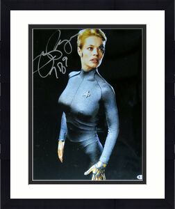 "Jeri Ryan Signed Autographed 16X20 Photo Star Trek: Voyager ""7 of 9"" Beckett COA"