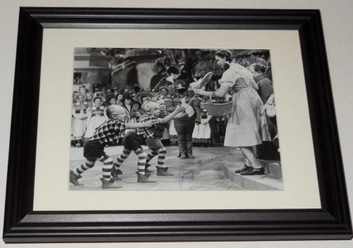 Jerry Maren Autographed 8x10 Photo (framed & Matted) - The Wizard Of Oz!