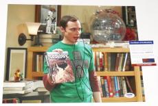 Jim Parsons Autographed 11x14 Color Photo (big Bang Theory) - Psa Dna!