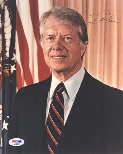 JIMMY CARTER HAND SIGNED 8x10 COLOR PHOTO     AWESOME POSE AS PRESIDENT      PSA