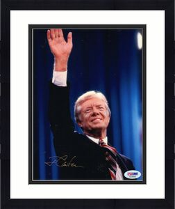 JIMMY CARTER HAND SIGNED 8x10 COLOR PHOTO     GREAT POSE    US PRESIDENT     PSA