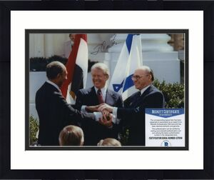 Jimmy Carter Signed Autographed Color 8x10 Photo Beckett Bas Coa Great Pose!!