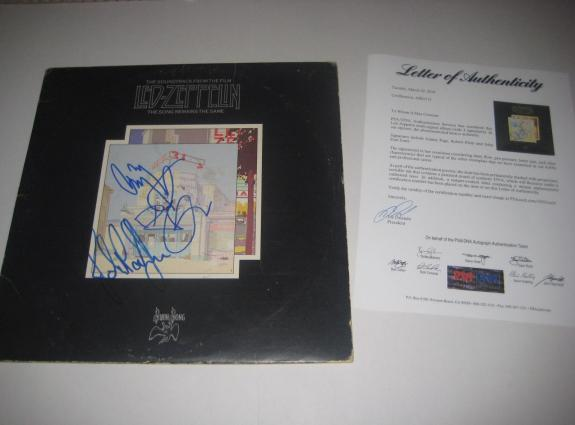 JIMMY PAGE, ROBERT PLANT & JOHN PAUL JONES Signed LED ZEPPELIN Album w/ PSA LOA