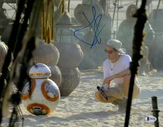 """J.J. Abrams Autographed 11"""" x 14"""" Looking At BB-8 Star Wars The Force Awakens Photograph Beckett COA"""
