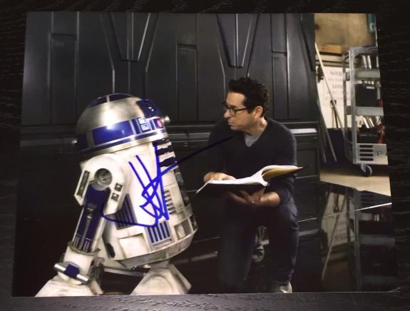 """J.j. Abrams Signed Autograph """"star Wars"""" Episode Vii 7 Official R2d2 Set Photo"""