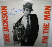 Joe Jackson Signed 'i'm The Man' Album Cover Autograph Psa/dna Coa