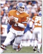 """Denver Broncos John Elway Autographed 16"""" x 20"""" Photo"""