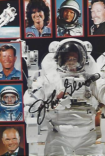 JOHN GLENN - ASTRONAUT/SENATOR He was the First AMERICAN ASTRONAUT to ORBIT the EARTH-Inducted into the U.S. ASTRONAUT HOF 1990 - Signed 4x6 Color Photo