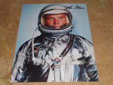 JOHN GLENN NASA SPACE ASTONAUT SIGNED IN-PERSON AUTOGRAPHED 8X10 PHOTO COA c