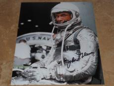 JOHN GLENN NASA SPACE ASTONAUT SIGNED IN-PERSON AUTOGRAPHED 8X10 PHOTO COA e