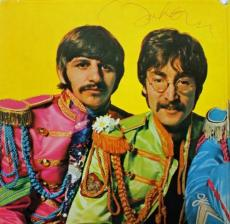 John Lennon The Beatles Signed Sgt Peppers Album Cover Psa #v02003