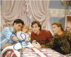 JOHN STAMOS & DAVE COULIER SIGNED 8X10 FULL HOUSE CAST FULLER HOUSE AUTOGRAP