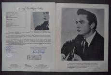 Johnny Cash Music Legend Signed Autographed Vintage Souvenir Program W/coa Rare