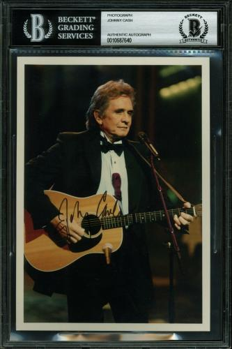 Johnny Cash Signed 5x7 Photo Autographed BAS Slabbed
