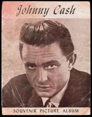 Johnny Cash Signed 8.5x11 Souvenir Picture Album Program Cover BAS #D07793