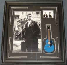 Johnny Cash w/ Guitar
