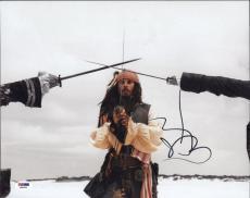 Johnny Depp Pirates Of The Caribbean Autographed 11x14 Photo Psa/dna  Q29943